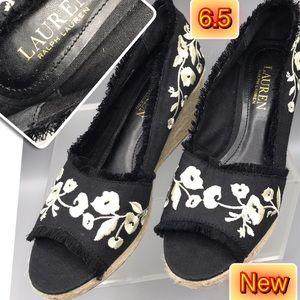 Shoes - Ralph Lauren Wedge Women's Flower embroidery 6.5